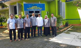 Komisaris Utama PTPN X Kunjungi Kebun Tembakau Klaten