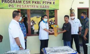 PTPN X Salurkan CSR Melalui Bedah Rumah