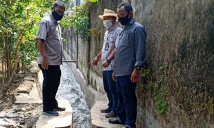 PTPN X Salurkan Bantuan Perbaikan Irigasi untuk Warga Mojokerto
