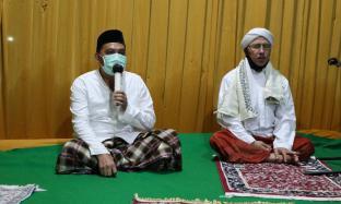 Sholat Hajat Berjamaah dan Istighosah bersama Karyawan